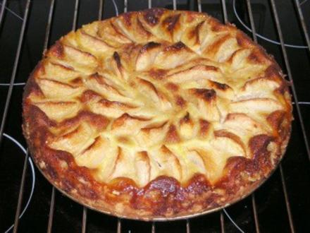 Apfelkuchen mit Rum - Rezept