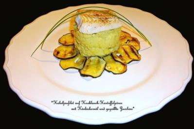 Kabeljaufilet auf Knoblauch - Kartoffelpüree mit Kürbiskernöl und gegrillte Zucchini - Rezept