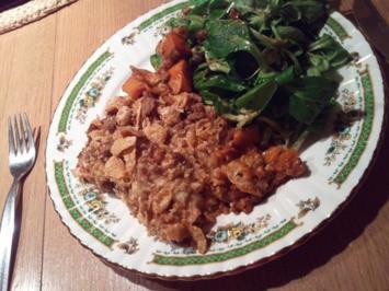 Vegetarische Adventslasagne an fruchtigem Feldsalat - Rezept