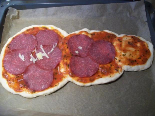 Schneemann Pizza - Rezept - Bild Nr. 2
