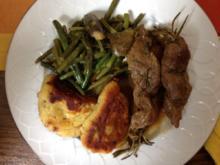 Lammfilet auf Rosmarinspieß mit grünen Feigenbohnen und Macaire-Kartoffeln - Rezept - Bild Nr. 2
