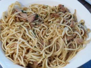 Scharfe Knoblauchspaghetti mit Thunfisch - Rezept