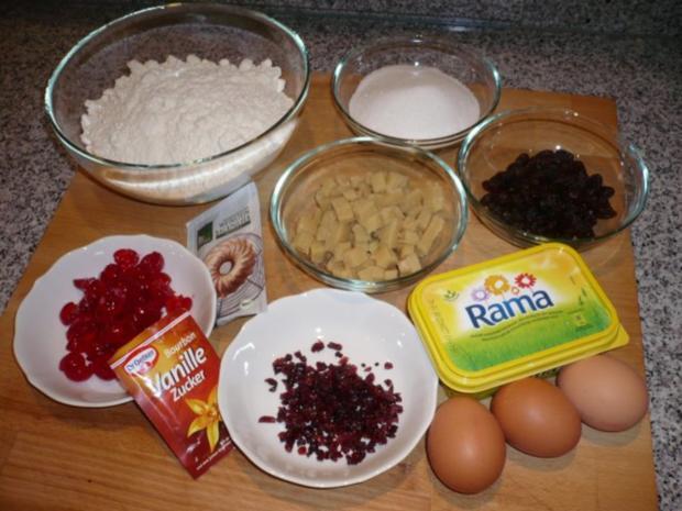 Histaminarmer Dinkelnapfkuchen mit Marzipan und kandierten Kirschen - Rezept - Bild Nr. 2