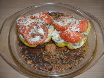Hauptgericht: Paprika mit Leberwurst gefüllt und überbacken - Rezept