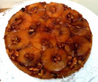 Gestürzter Apfel-Walnuss-Kuchen - Rezept