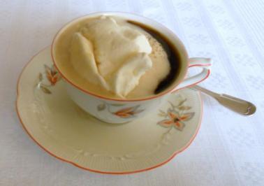 """Rezept: """"Oma-Friede`s"""" selbst gemachte Schlagsahne (Rzpt. um 1950)"""