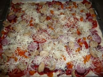 Pizza Spezial !! - Rezept