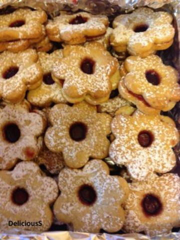 Rezepte Weihnachtsgebäck.Spitzbuben Weihnachtsgebäck Mit Marmelade