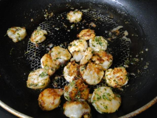 Rühreier mit Garnelen und Salzgurken und das zum Frühstück!! - Rezept - Bild Nr. 2