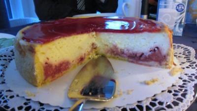 Erdbeer-Käsekuchen mitTopping - Rezept