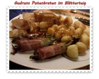 Geflügel: Putenbraten im Teigmantel mit Sesamsoße und grüne Bohnen im Schinkenmantel - Rezept