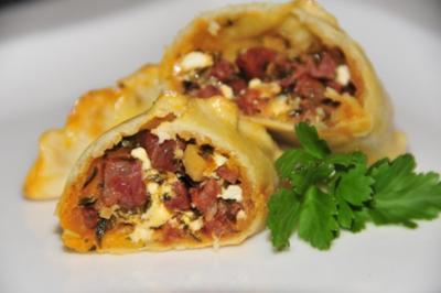 Rezept: Tapas & Fingerfood: Empanada mit Chorizo und Feta