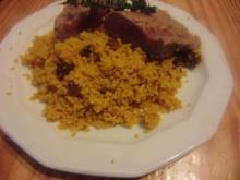 Lammfilet mit Rosinen, Couscous und Harissa - Rezept