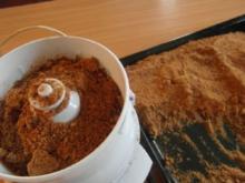 Lebkuchen-Marzipan-Kugel.    ( aus harten Lebkuchen-Restbeständen ) - Rezept
