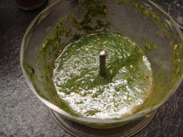 Kabeljau-Filet auf einem Bett von grünen Bohnen, Nocken von Kartoffel- und rote Bete-Püree - Rezept - Bild Nr. 3