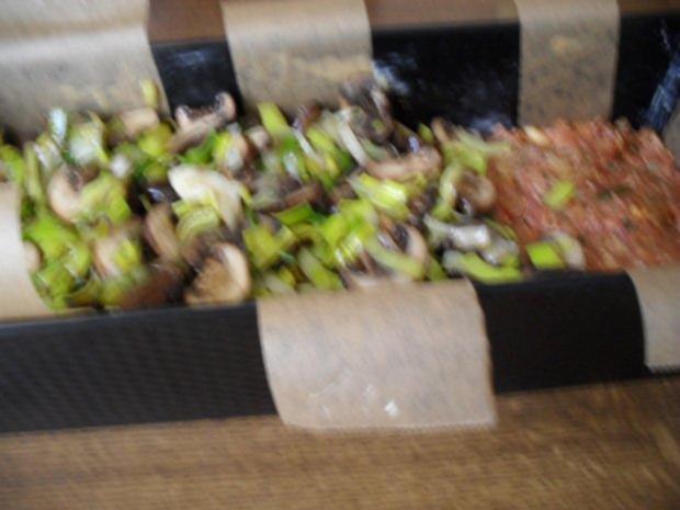 Hackbraten gefüllt mit Lauch und Champignons aus dem Ofen - Rezept - Bild Nr. 7