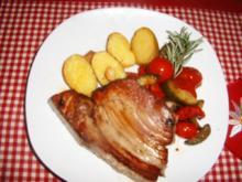 Thunfischsteak mit Tomaten - Zucchinigemüse - Rezept