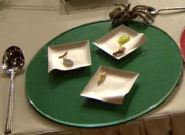 Insekten-Knuspersnack mit dreierlei Saucen à la Jakumeit - Rezept