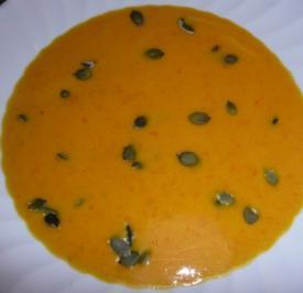 Kokos-Kürbis-Karotten-Süppchen - Rezept