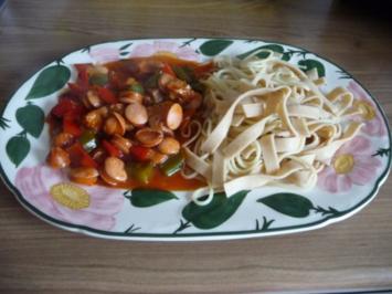 Resteverwertung : Wurst - Paprika - Tomatengulasch - Rezept