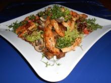 Salat mit Champignons und Hähnchenstreifen - Rezept