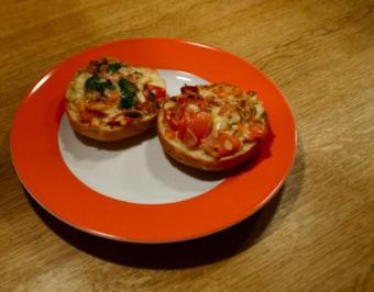 Einfach-lecker-Pizzabrötchen - Rezept