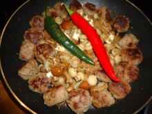 Mushrooms with small spicy Balls - Rezept