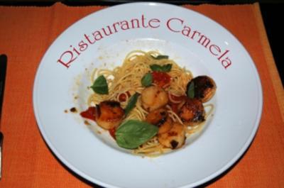 Jakobsmuscheln auf Pasta mit Fenchel und Tomaten - Rezept