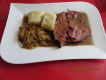 Kochen:Kassler mit Kartoffelknödel und Schmorkohl - Rezept