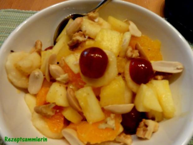 Dessert:   frischer OBSTSALAT mit Nüssen - Rezept
