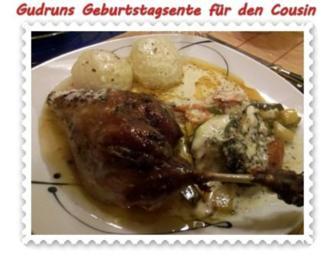 Rezept: Geflügel: Kräuterschlemmerente mit Ofengemüse, Gorgonzolasoße und Klöße