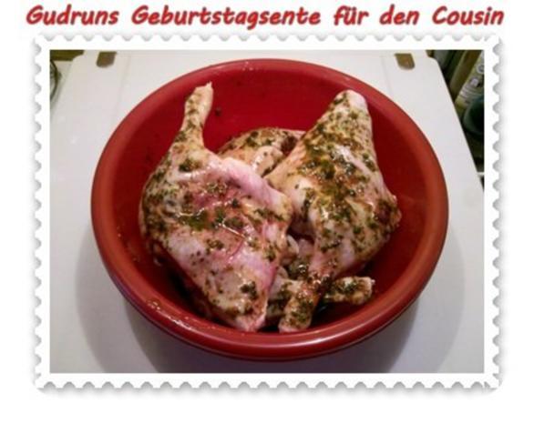 Geflügel: Kräuterschlemmerente mit Ofengemüse, Gorgonzolasoße und Klöße - Rezept - Bild Nr. 4