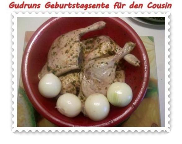 Geflügel: Kräuterschlemmerente mit Ofengemüse, Gorgonzolasoße und Klöße - Rezept - Bild Nr. 5