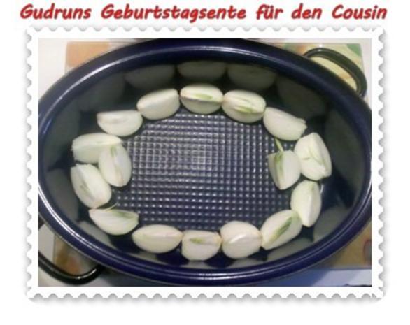 Geflügel: Kräuterschlemmerente mit Ofengemüse, Gorgonzolasoße und Klöße - Rezept - Bild Nr. 6