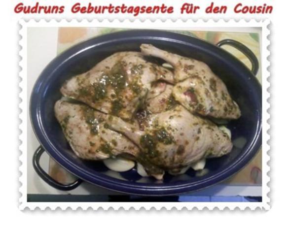 Geflügel: Kräuterschlemmerente mit Ofengemüse, Gorgonzolasoße und Klöße - Rezept - Bild Nr. 7