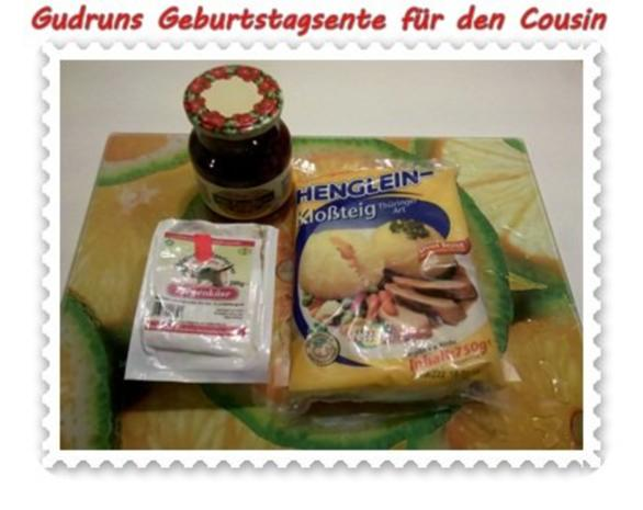 Geflügel: Kräuterschlemmerente mit Ofengemüse, Gorgonzolasoße und Klöße - Rezept - Bild Nr. 8