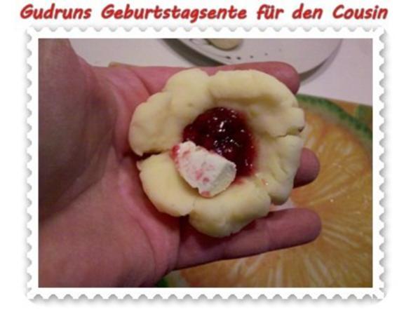 Geflügel: Kräuterschlemmerente mit Ofengemüse, Gorgonzolasoße und Klöße - Rezept - Bild Nr. 10