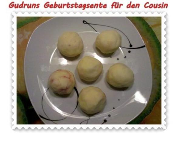 Geflügel: Kräuterschlemmerente mit Ofengemüse, Gorgonzolasoße und Klöße - Rezept - Bild Nr. 11