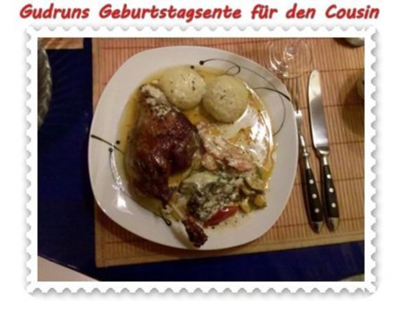 Geflügel: Kräuterschlemmerente mit Ofengemüse, Gorgonzolasoße und Klöße - Rezept - Bild Nr. 16