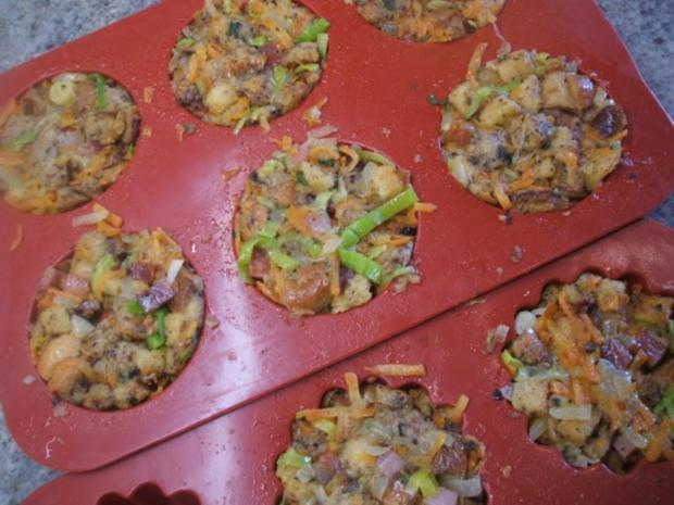 Knödel: Gemüseknödel auf Meerrettich-Käse-Soße - Rezept - Bild Nr. 6