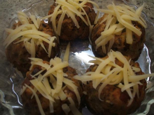 Knödel: Gemüseknödel auf Meerrettich-Käse-Soße - Rezept - Bild Nr. 7
