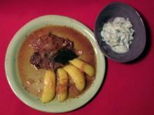 Gebackenes Sudetenfleisch mit Salzkartoffeln und Gurkensalat - Rezept