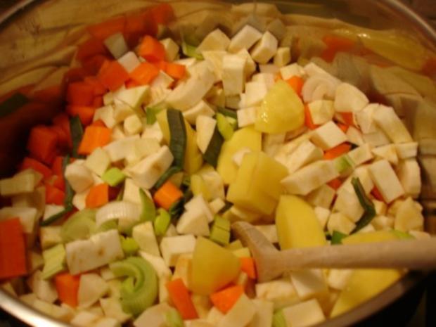Kartoffelsuppe à la Papa mit Lachsstreifen - Rezept - Bild Nr. 3