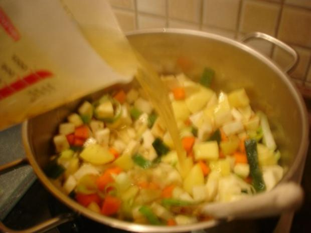 Kartoffelsuppe à la Papa mit Lachsstreifen - Rezept - Bild Nr. 4