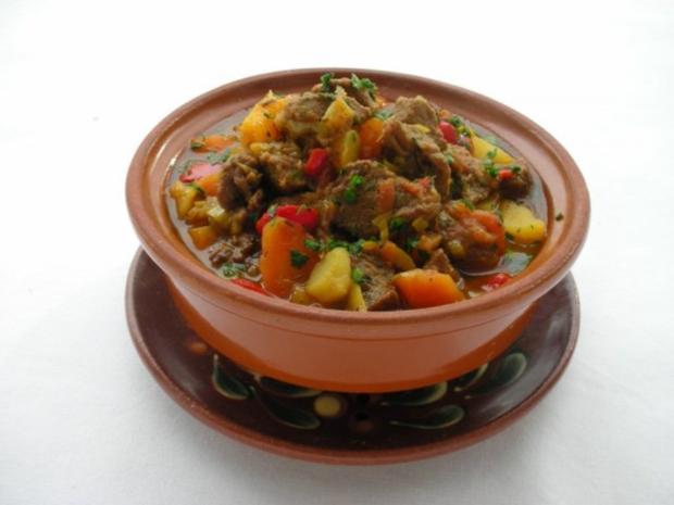 Bulgarischer Eintopf mit Rindfleisch - Rezept - Bild Nr. 2