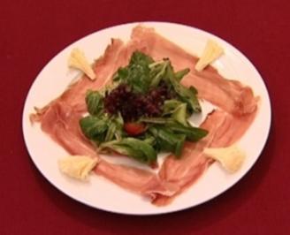 Salatteller mit bunten Blattsalaten und Hausdressing (Boris Henry) - Rezept