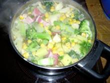 Wurzeleintopf mit Broccoli und Champignons - Rezept