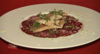 Carpaccio von Rote Bete mit geräuchertem Forellenfilet und Meerrettich (Kalle Schwensen) - Rezept