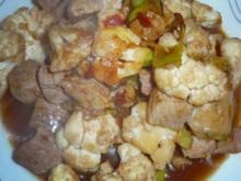 Blumenkohlwok mit Schweinefleisch süßsauer - Rezept