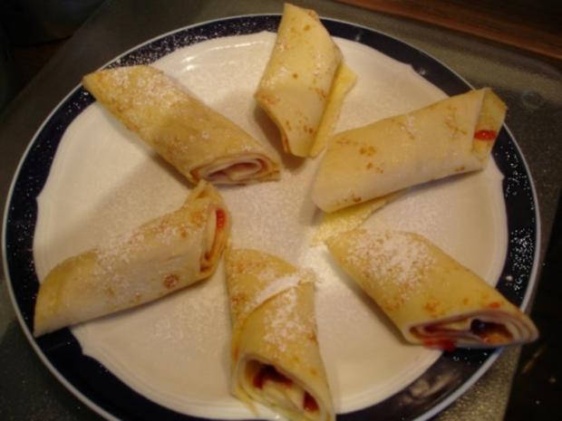 Pfannkuchen mit Preiselbeeren - Rezept